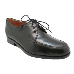 Zapato ancho 14 y bordón