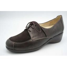Zapato ortopédico con cordones