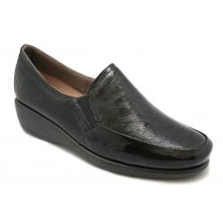 Zapato mocasín cómodo. Modelo clásico