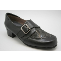 Zapato especial ortopédico